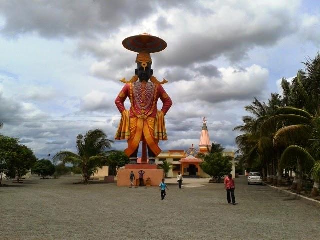 Tallest Vitthal Murti at Pandharpur