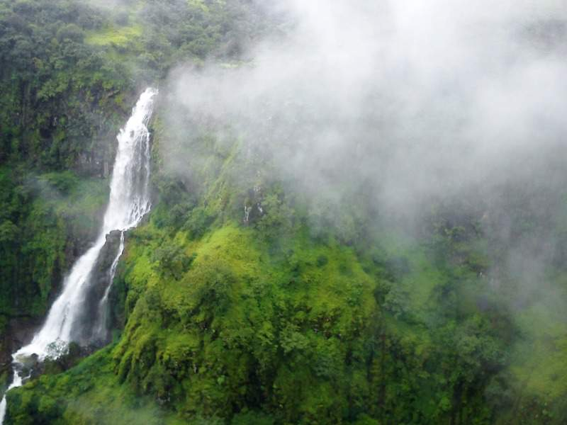 thoseghar waterfall satara