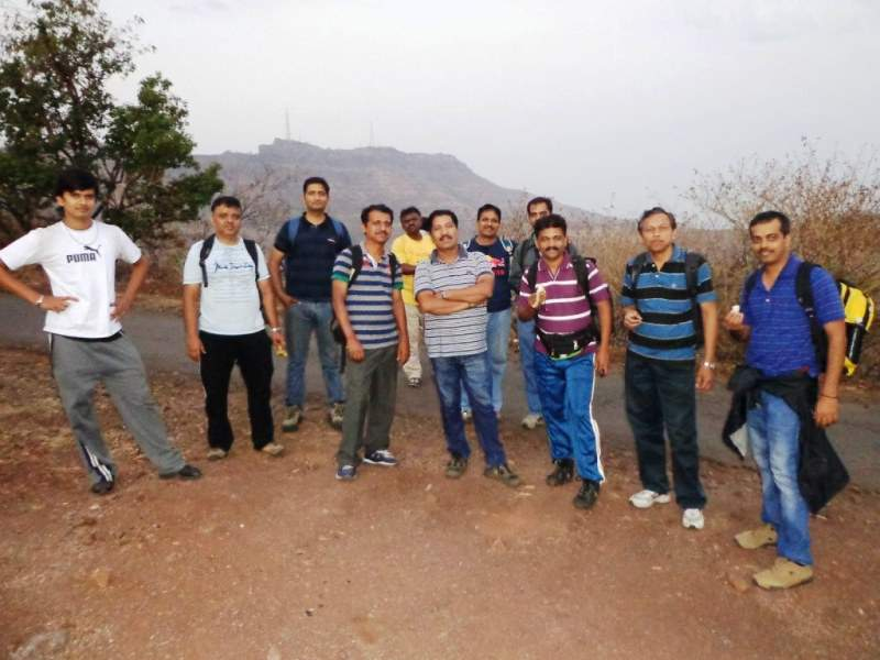 katraj to sinhagad night trek reached sinhagad road