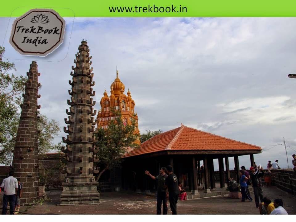 Deepmala in temple