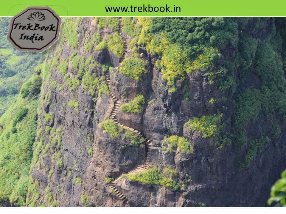 famous steps of Kalavantin durg