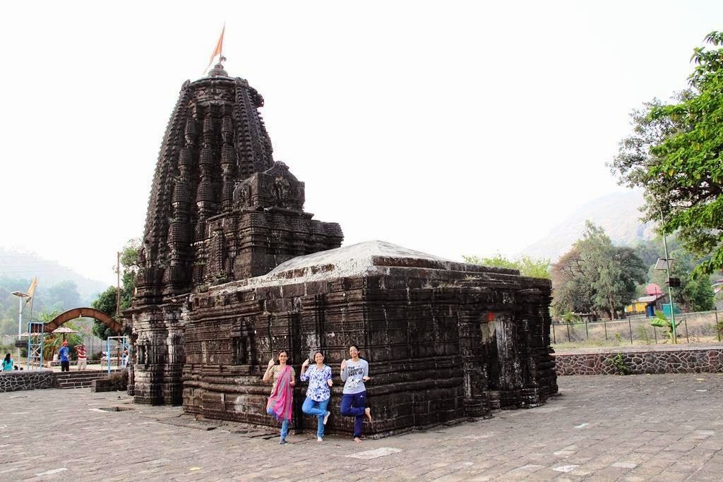 Ratangad trek base Amruteshwar Temple