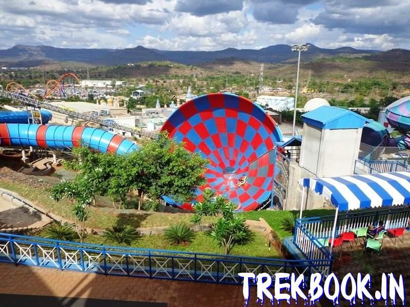 aqua imagica india Swirl Whirl ride