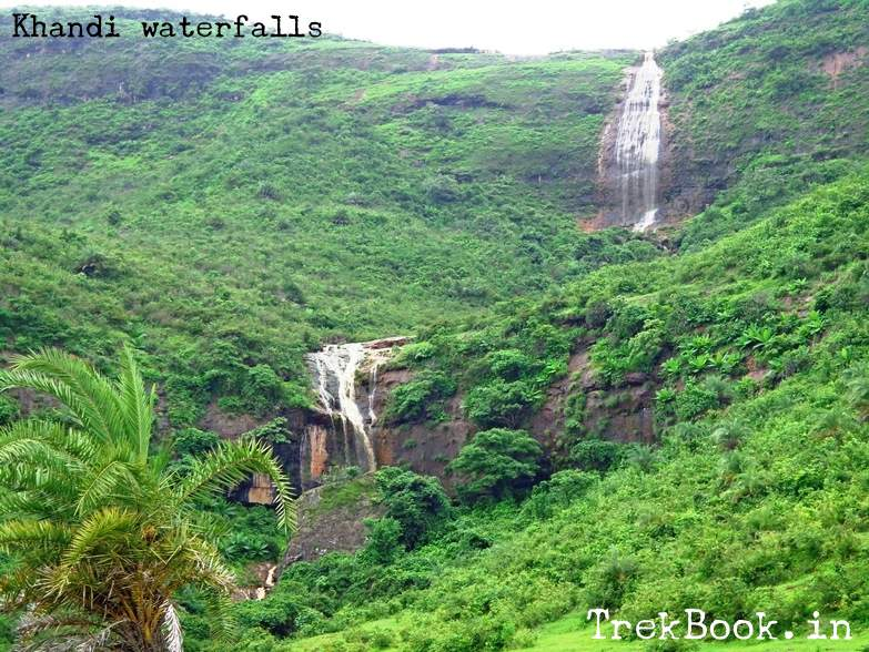 water lost behind big rock - wadeshwar waterfalls