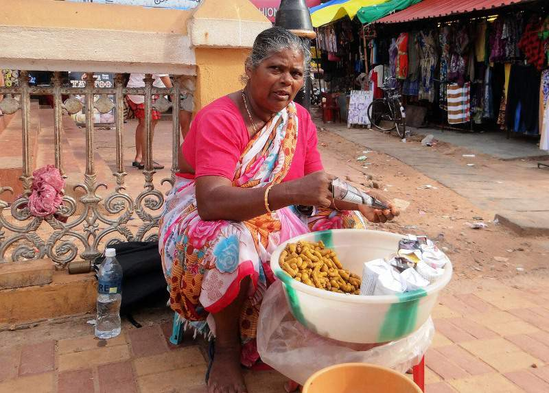 peanut-seller-streets-of-india